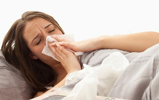 Bị chảy máu mũi kèm theo dịch có mùi hôi