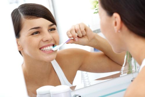 Lưỡi bợn trắng và nhám lưỡi là dấu hiệu bệnh gì ?