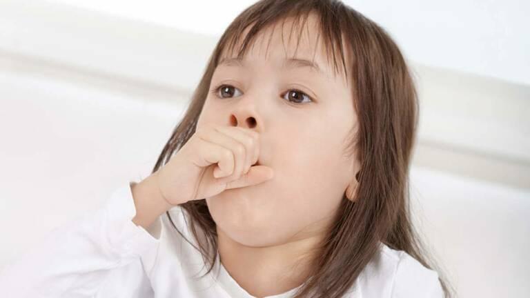 Trẻ là đối tượng dễ mắc ho do có hệ miễn dịch yếu